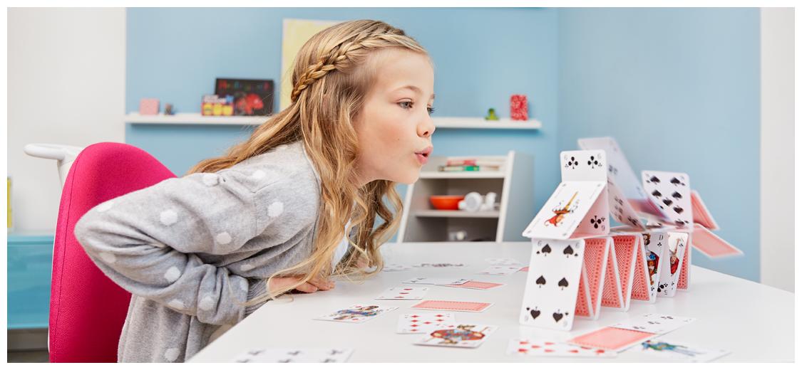 regulowane biurka dla dzieci