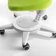 Regulowane krzesło dla dziecka.